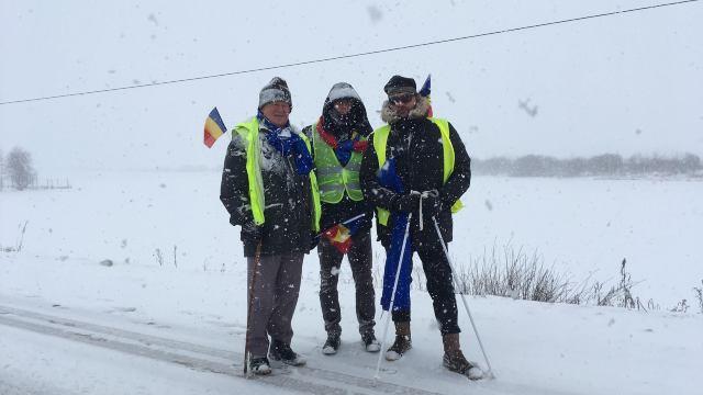 VIDEO/FOTO | Ion Mărgineanu, pe viscol și ninsoare pe Drumul Unirii