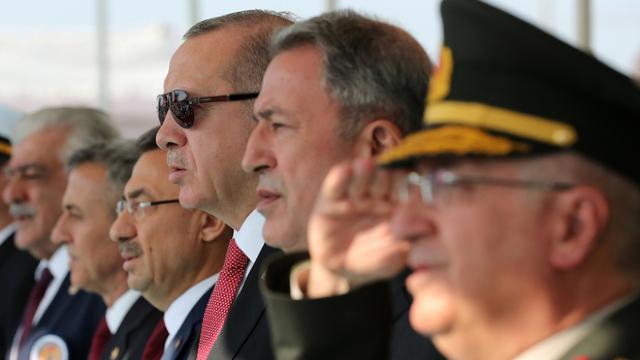 Procurorii turci au dispus arestarea altor 103 ofiţeri, suspectaţi de legături cu clericul Fethullah Gulen