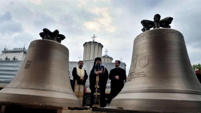 Clopotul mare al Catedralei Naţionale se va auzi sâmbătă