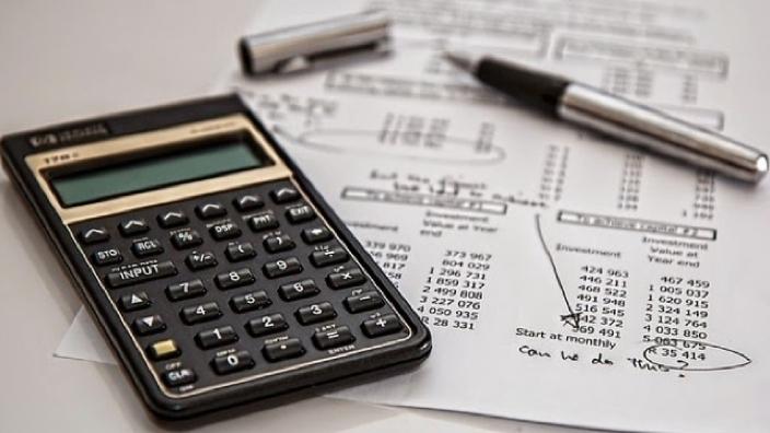Majorarea salariilor în sectorul bugetar | Vom beneficia de sporuri reale sau este doar un proiect electoral