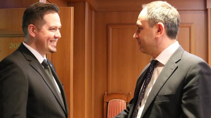 """R.Moldova și Ucraina se vor susține """"reciproc și necondiționat"""" în gestionarea proceselor de reîntregire teritorială"""