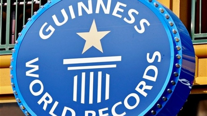 România, în Cartea Recordurilor pentru cea mai mare lecţie de educaţie financiară din lume