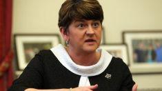 BREXIT | Lidera formațiunii care îi asigură premierului britanic majoritatea în Parlament îi cere să nu mai cedeze în fața UE