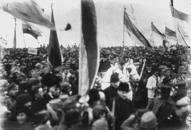 DOCUMENTAR | 1 Decembrie – Ziua Națională a României. Programul manifestărilor de la Alba Iulia