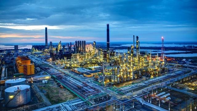 Rolul industriei de petrol şi gaze din România, în ultimii 100 de ani. Jocurile geopolitice ţin cont încă de resursele fosile