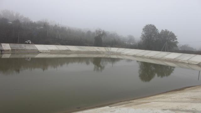 Statul intenţionează să concesioneze zăcământul de apă minerală