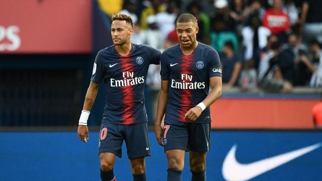 Fotbal | PSG dezminte că ar putea să renunţe la Mbappe sau Neymar în cazul unor sancţiuni financiare