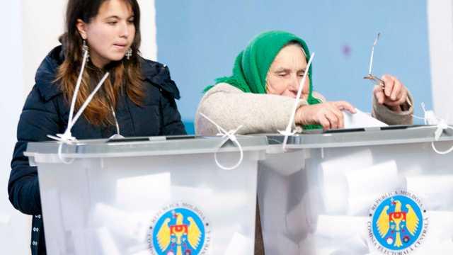 Doar nouă din cei 51 de deputați aleși în circumscripțiile uninominale au obținut mai mult de 50 la sută din voturi