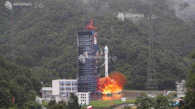 Agenţia spaţială chineză pregătește lansarea unei misiunii robotice pe faţa nevăzută a Lunii