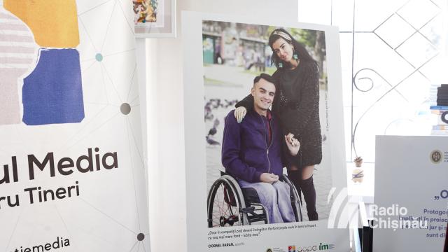 FOTO | Expoziție de fotografii ai căror eroi sunt persoane cu dizabilități