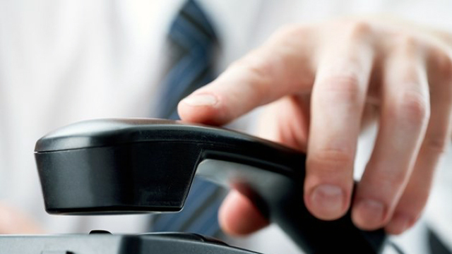 Linie telefonică pentru persoanele care au neclarități în aplicarea Legii salarizării