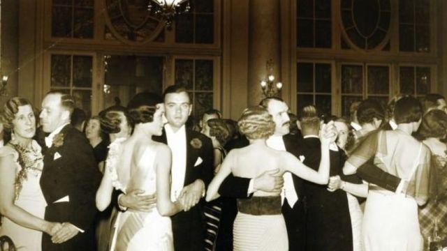 FOTO I Minunatele petreceri ale Anului Nou interbelic