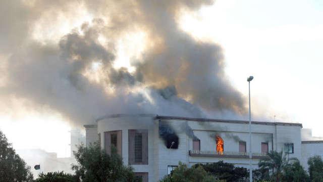Ministerul libian de Externe, luat cu asalt. Cel puțin 3 morți și 10 răniți în urma atacului