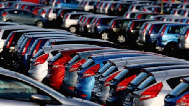 Taxe imense pentru mașinile europene pe benzină și motorină în schimbul subvențiilor pentru vehiculele ecologice