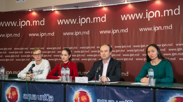Igor Dodon este îndemnat să nu promulge modificările la Legea cu privire la asigurări