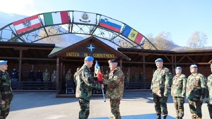 FOTO | Transfer de autoritate între contingentele Armatei Naţionale din operaţiunea KFOR