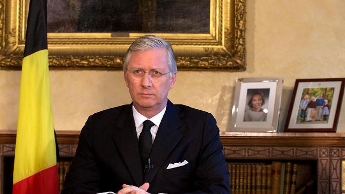 Regele Philippe al Belgiei a acceptat demisia miniștrilor naționaliști flamanzi, care se opun unui pact ONU privind migrația