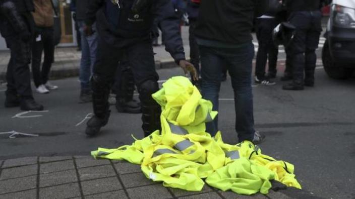 """Şi în Croaţia s-a format o mişcare a """"vestelor galbene"""