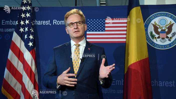 Sistemul de apărare antiaeriană Aegis are menirea de a apăra România şi Europa de ameninţări, declară Thomas B. Modly