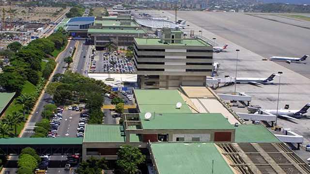 Venezuela | Aterizare neobișnuită la Caracas a anui avion rusesc, care efectuează pentru prima dată această rută