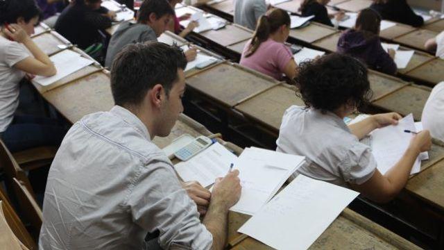 Veaceslav Ioniță | Al 12-lea an consecutiv scade numărul de studenți, însă reducerea din acest an se deosebește cardinal față de anii precedenți (GRAFIC)