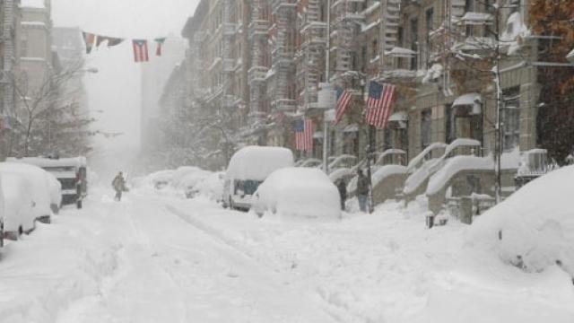 Furtună de zăpadă în SUA | Sute de zboruri anulate