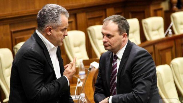 Ce informații a șters CEC din declarațiile de avere ale lui Plahotniuc și Candu (Mold-Street)