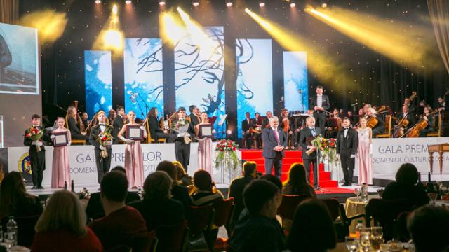 Cine sunt cei care au luat cele mai importante premii din 2018 în literatură și artă