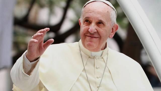 Papa Francisc va vizita Catedrala Mântuirii Neamului și va merge, în premieră, în Moldova, la Iași