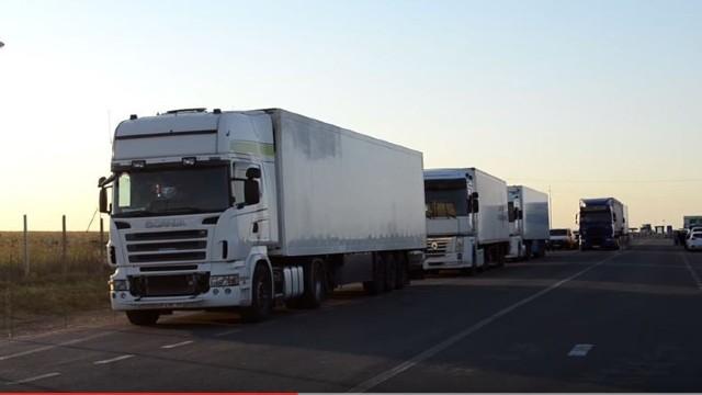 Lovitură dură exportatorilor moldoveni din partea Rusiei | Mărfurile care tranzitează teritoriul Ucrainei au fost interzise