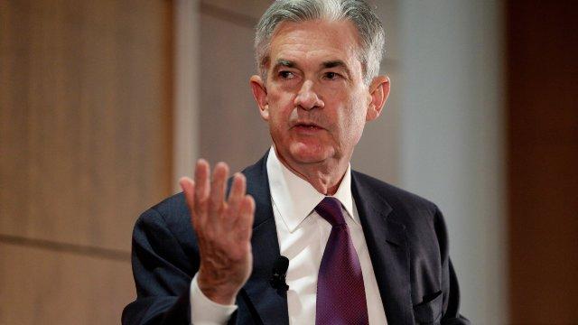 Șeful Fed declară că nu va demisiona chiar dacă Donald Trump îi va cere acest lucru