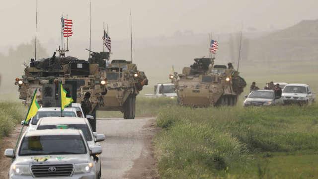 SUA au început să evacueze echipamente militare din Siria