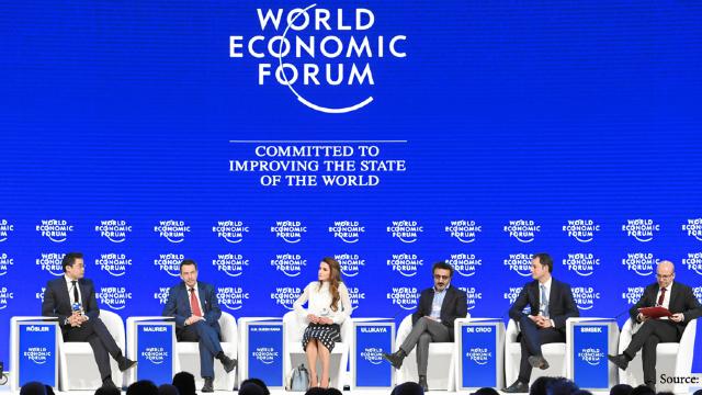 Participanții la Forumul Economic de la Davos discută despre modalitățile de gestionare a fluxurilor de migranți