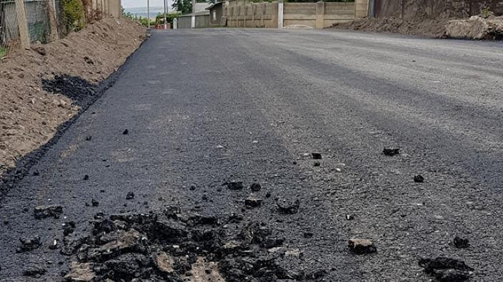 """Investiții ineficiente și abateri pe zeci de kilometri - sunt concluziile unei analize a lucrărilor programului """"Drumuri Bune pentru Moldova"""""""