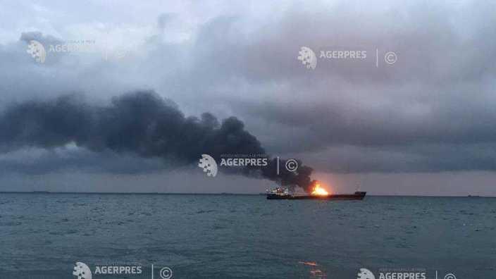 UPDATE | Un nou bilanț al victimelor incendiului de pe cele două nave de lângă strâmtoarea Kerci, în largul Peninsulei Crimeea