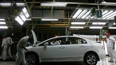 Producătorul auto nipon Honda îşi va închide fabrica din Marea Britanie, până în 2022