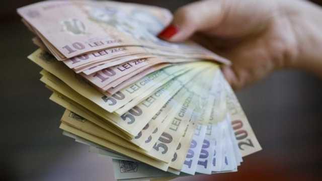 Topul salariilor din România | Cel mai mic salariu este în industria textilă