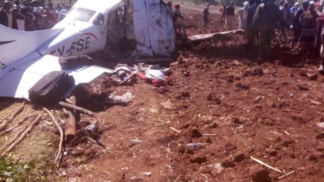 Avion de tip Cessna, prăbuşit în Kenya. Cel puţin cinci persoane au murit