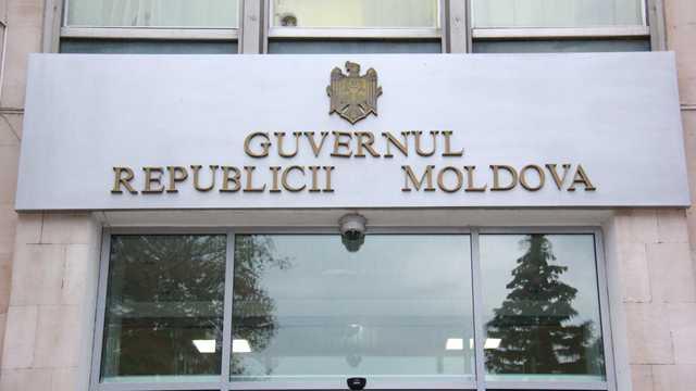 Guvernul a comentat informația privind posibila vizită a lui Petro Poroșenko la Chișinău