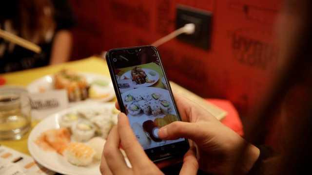 Mese gratis în restaurantele la modă din Italia, în schimbul unor fotografii apreciate pe Instagram