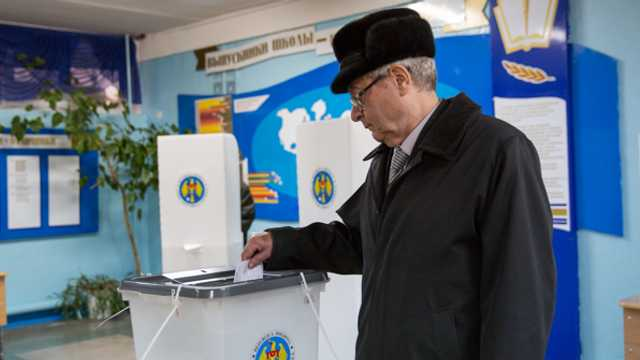LIVE TEXT/VIDEO | Prezența la vot în timp real la alegerile parlamentare. Rata de participare mult mai mare comparativ cu anul 2014