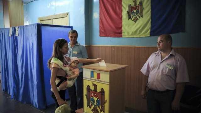 """France 24: """"În Republica Moldova, tinerii se luptă cu corupția, în vreme ce alegerile se apropie"""