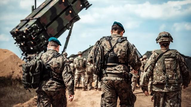 Polonia va aloca zeci de miliarde de euro pentru modernizarea armatei