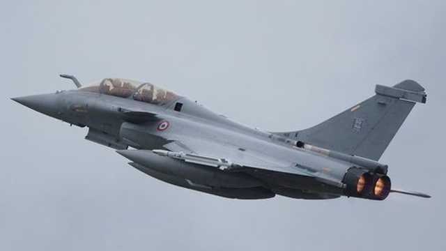Franța a simulat un atac nuclear, în cursul unui test aerian