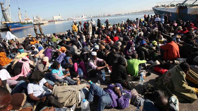 Acord în UE privind o înăsprire a condiţiilor de acordare a vizei pentru cetăţenii ţărilor care refuză readmisia de migranţi