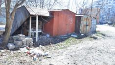 Primăria a început evacuarea garajelor de pe bulevardul Mircea cel Bătrân