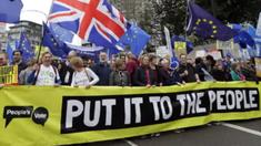 Femeia care a lansat petiția sub care 5 milioane de britanici au semnat împotriva Brexit, amenințată cu moartea