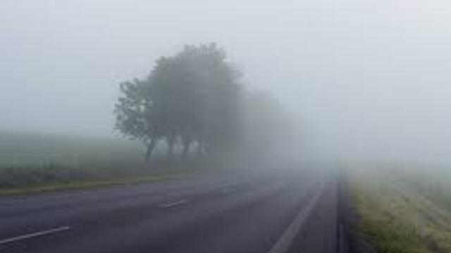 VIDEO | Furtună puternică în nordul R.Moldova. Norii de praf fac practic imposibilă circulația