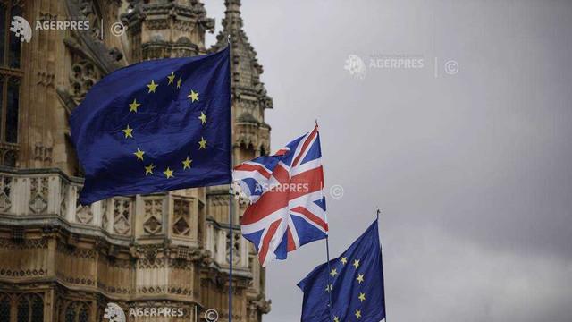 Lira sterlină s-a depreciat după ce Theresa May a cerut amânarea Brexit-ului până la 30 iunie