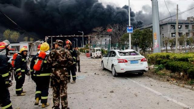 Egipt | Cel puţin 10 morţi în explozia survenită într-o uzină chimică